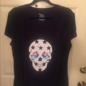 Tops - Cute T-shirt. NWOT